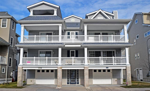 Spacious family vacation rental condo in Ocean City, New Jersey - sleeps up to 10 people!